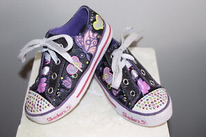 girl sketchers twinkle toes shoes - size 12 Cambridge Kitchener Area image 3