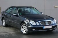 Mercedes-Benz E 280 CDI Lim. Distr. Pano. Leder Absolut Voll !