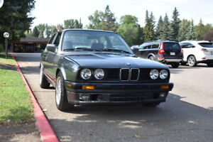 FOR SALE: 1990 BMW 3-Series 325i Coupe (2 door)