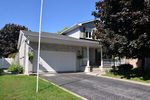 OPEN HOUSE! 749 Chatsworth Pl - Sunday, December 4th from 2-4pm