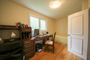 2 Bedroom October 1-Close to UNB/STU-Heat Included