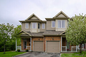 3 bedroom, 2.5 bathroom freehold town close to Petrie Island!
