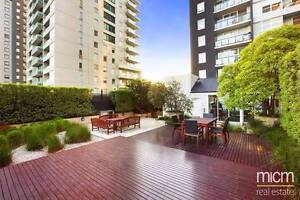 ROOM AVAILABLE NOW, SOUTHBANK - COUPLES WELCOME Southbank Melbourne City Preview