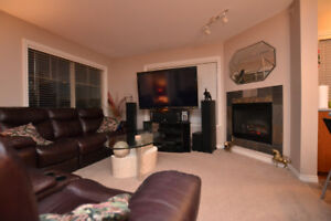 Top floor bright corner apartment $309,900.00