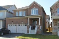 SOUTH KESWICK HOME IN 3 MIN TO HWY 404