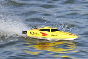 RC RTR 2.4G 2CH Brushless Vector 40 High Speed Racing Boat NEW