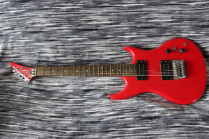 Guitare Vintage Quest ATAK 10 Made in Japan 1985