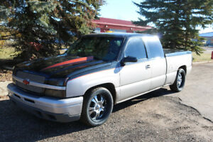 5.3 L 2005 Chevrolet With New Paint