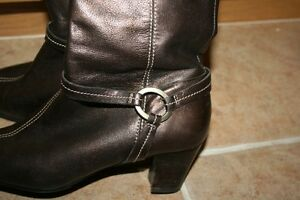 Moda Spana Leather Boots  NEW PRICE Belleville Belleville Area image 2