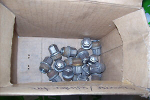 FORD 2011-2013 Fiesta Used Wheel Nuts (Ford Part #AE5Z1012A) London Ontario image 1