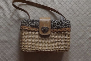 New with tags XOXO Corazon wicker hand bag
