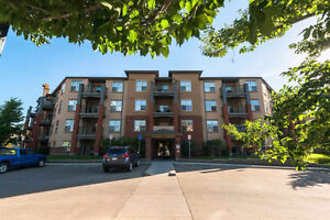 Beautiful Rutherford Village Apartment for Rent!!!