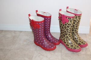 2 pairs of girls rubber/rain boots