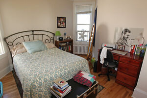 September-Awesome four-4-Bedroom Flat-Dalhousie