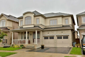 STUNNING 4 BEDROOM DETACHED HOUSE FOR RENT IN OAKVILLE