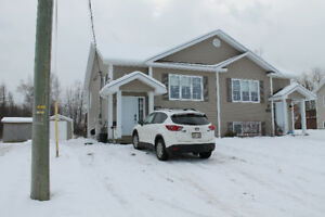 Duplex with private backyard (Dieppe)