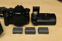 Canon xTi (400D) + Grip and Batteries