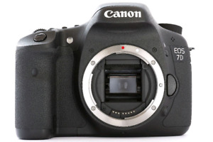 Canon 7D camera with 24 to 105 L series lens