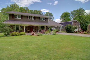 PRIVACY ON THE EDGE OF TOWN!! -- Home on 1.13 Acres!