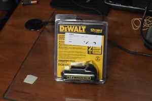 **GREAT DEAL** DeWalt DCB120 Rechargeable 12v Power Tool Battery