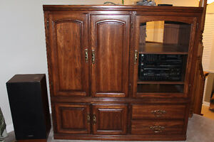 Dark oak TV / stereo Cabinet