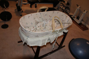 Bassinet with rocker stand