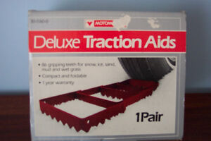 MOTOMASTER DELUXE TRACTION AIDS