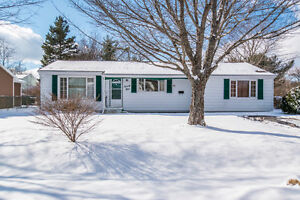 OPEN HOUSE SUN 2-4 GREAT ONE LEVEL LIVING DARTMOUTH