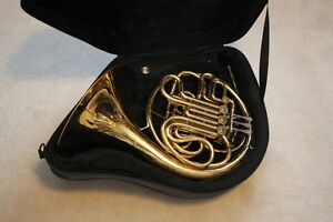 "FRENCH HORN made in USA by Conn model "" 6D "" double F/Bb"