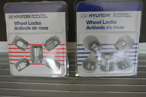 Genuine Hyundai Accessories Chrome Wheel Locks