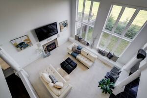 Stunning Custom Home in Ancaster! 20 ft Ceilings