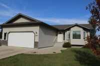 COZY BUNGALOW IN QUIET AREA OF CAMROSE