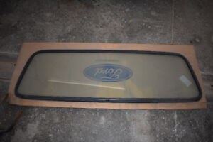 1980-96 Ford F150 Pickup Truck Rear Cab Window and Seal