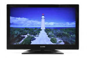 """32"""" Sony TV for sale"""