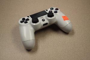 Sony Playstation 4 Dualshock Wireless Controller Glacier White