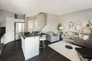 BEAUTIFUL OPEN CONCEPT DUPLEX IN FORT SASKATCHEWAN- BY TRAILS