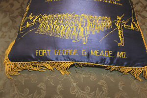 Vintage US Army Pillow London Ontario image 3