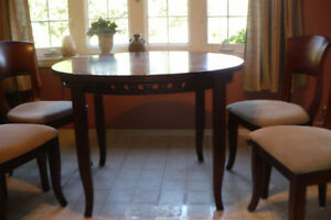 Vintage Rosewood dining room table & 4 chairs