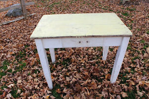 Old Wood Table - Whiite Base - Primitive Shabby Chic