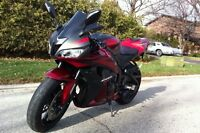 LIKE NEW!!!! 2008 HONDA CBR 600RR!!!! LOW KM!!!!