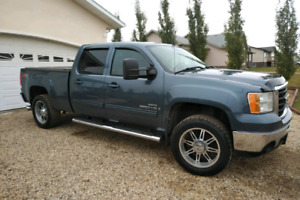 2008 GMC SIERRA 2500HD SLT  Z71 LOADED LEATHER /NAV/DVD