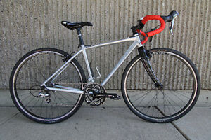 Cannondale Cyclocross Bike - Size Small - Trainer Available