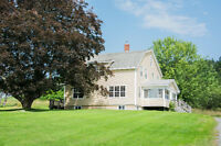 Beautiful Waterfront Property - pet friendly - available Oct 1st