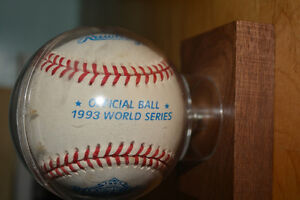 1993 World Series baseball - Alomar autographed Peterborough Peterborough Area image 2