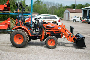 2011 Kioti CK20s Tractor with Loader