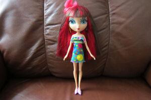 poupée Dee Da  DEE 10 pouces 2010