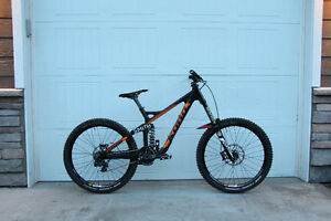2015 Kona Supreme Operator Carbon Medium