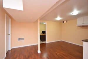 Cozy Basement Apt at Olympus Mews-Mississauga
