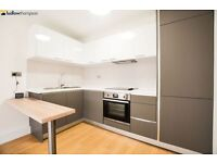 Newly refurbished, modern one bedroom apartment moments from Bow Road Underground LT REF: 4545389