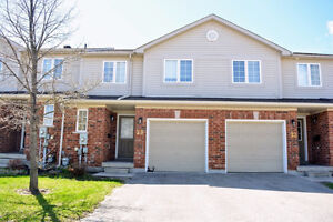 Fine Condo Townhouse in Barrie for Sale! (430M)